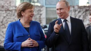 ЕС санкционирал шефа на ФСБ, приближени на Путин, заместник-министри на отбраната