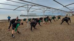 Витоша тренира на плажа в Турция