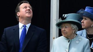 Камерън и кралицата: Бъкингамският дворец недоволства