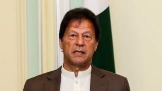 Премиерът на Пакистан е заразен с COVID-19