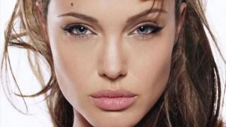 """Анджелина Джоли е най-красивата жена на света според сп. """"Vanity Fair"""""""