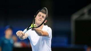 Алекс Лазаров с експресна победа в Белград