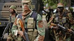 Мугабе и армията търсят изход от кризата