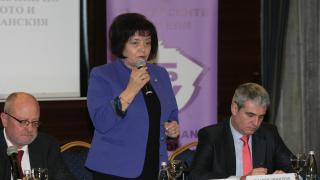 МОН и синдикати оптимизират връзката на селскостопанските училища с бизнеса