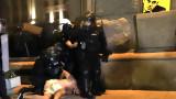 Брюксел смъмри властта: Всяка употреба на сила трябва да бъде пропорционална