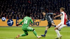 Байерн се измъкна срещу Аякс в грандиозно шоу с шест гола