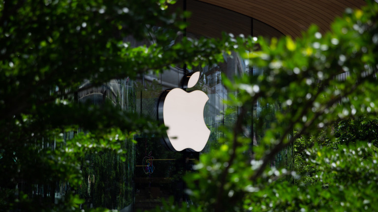 За първи път в историята Apple отчете над $100 млрд. приходи за три месеца