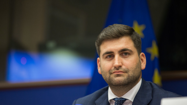 Брюксел не е строгият класен, уверява Андрей Новаков
