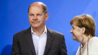 """Германският виценканцлер """"много скептичен"""" за мисията на САЩ в Ормуз"""