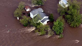 Мисисипи прелива, залива къщи