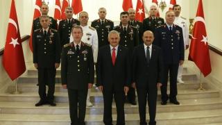 Турската армия прочистена от гюленисти, обяви Анкара