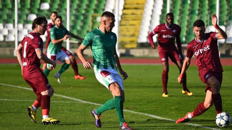Берое задържа Мартин Камбуров за още един сезон