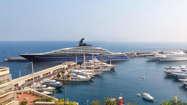Новата най-голяма яхта: 221-метров лукс и апартаменти с цени, тръгващи от $11 милиона