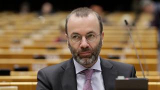 ЕС да прекрати преговорите с Турция за еврочленство поиска Манфред Вебер