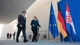 """Германия запазва политиката си на """"Единен Китай"""", обяви Меркел"""