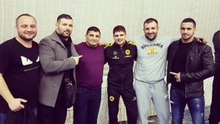 Уникален жест: Иво Ангелов се отказа от заплатата си заради болно момче!