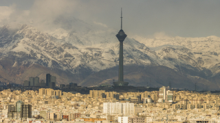Иран подписа първата голяма енергийна сделка със западна компания след санкциите