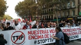"""""""Те не са договори, те са държавен преврат!"""", крещят в Испания срещу ТПТИ и СЕТА"""