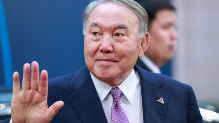Президентът на Казахстан уволни правителството