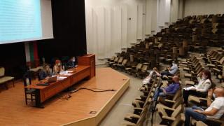 Общинският съвет във Варна пести пари от публикации в печата