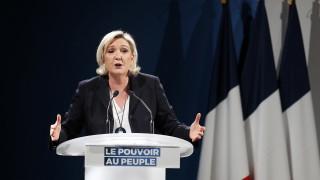 Крайнодесните на Льо Пен искат да се премахне Европейската комисия
