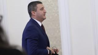 """""""Лукойл"""" няма основание да затваря - Горанов усърден за фиска"""