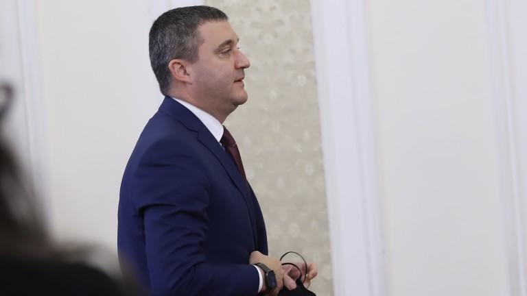 Владислав Горанов иска да се приключва с този панаир