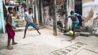 Милиони обеднели в Бразилия след най-тежката криза от десетилетия