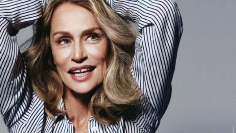 73-годишната Лорън Хътън в реклама на бельо (ВИДЕО)