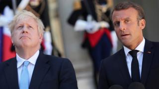 Макрон подкрепя Меркел, а ако иска, Британия може да проведе избори или референдум