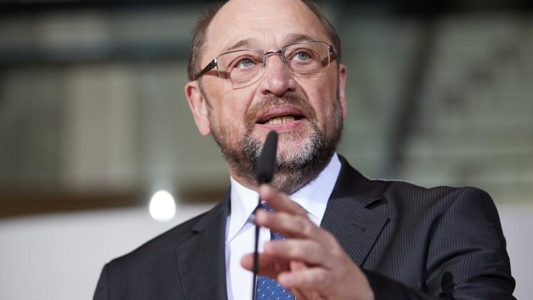 Лидерът на германските социалдемократи Мартин Шулц подаде оставка, съобщи АП.