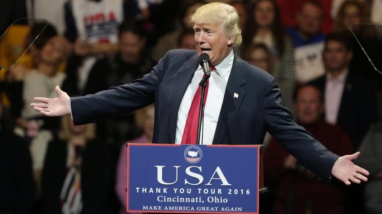 Нито споразумения, нито заеми имам с Русия, защити се Тръмп