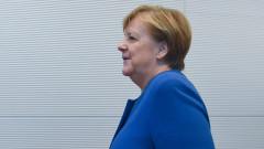 Меркел под натиск да изхарчи бюджетния излишък на Германия
