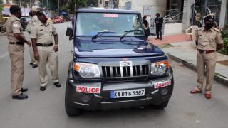 Сблъсъци с убити в Индия заради онлайн богохулен пост срещу Мохамед