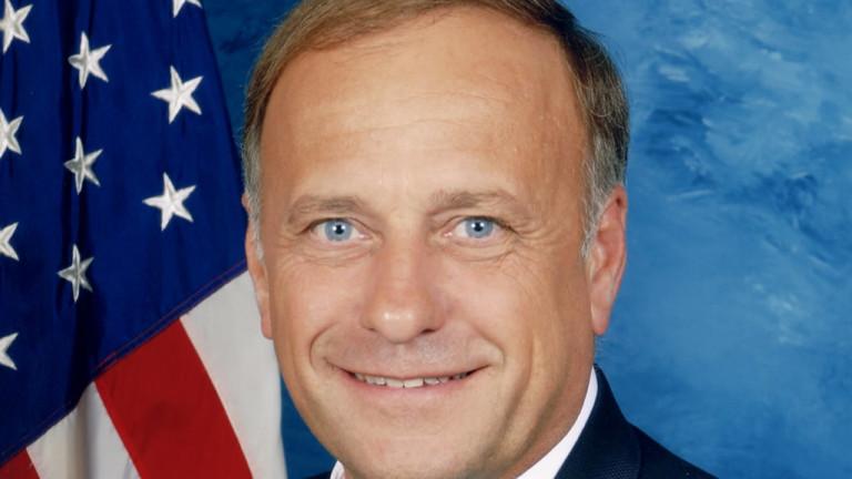 Противоречивият конгресмен от Айова от Републиканската партия Стив Кинг загуби