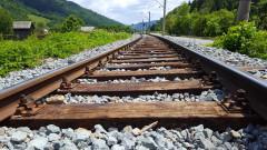Повреда в локомотива спря бързия влак от София за Варна, няма пострадали