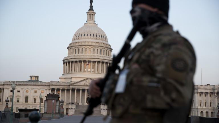 Половината републиканци вярват, че щурмът на Капитолия е бил мирен или дело на левите