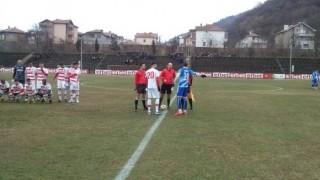 Беласица се надъхва за победа срещу Оборище в Панагюрище