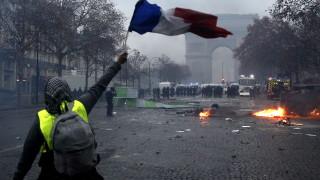 Френското МВР отрича сред протестиращите да се внедряват цивилни полицаи