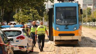 Трамвай блъсна и уби жена в София