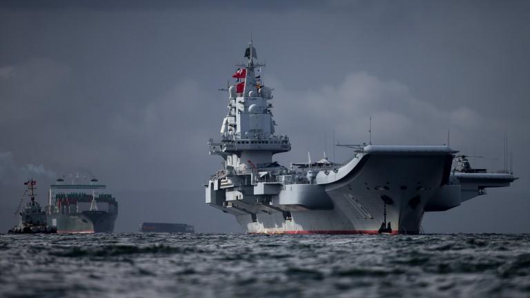 Китай прати бомбардировачи и изтребители да се учат над Южнокитайско море