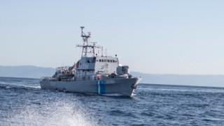 Британска яхта със 17 пътници потъна до гръцкия остров Милос