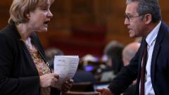 ГЕРБ не оттеглиха промените си за пенсионните фондове