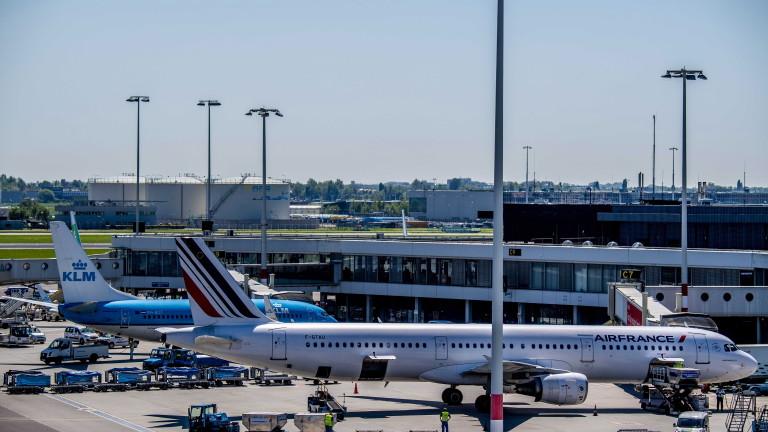 "Технически проблем временно блокира летище ""Схипхол"" в Амстердам"