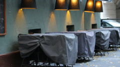 Хотелиерите и ресторантьорите с дилема: дали ще умрат от COVID-19, или от глад