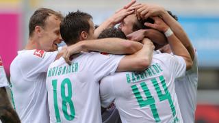 Наставникът на Вердер Флориан Коофелт потвърди за огромен натиск върху отбора