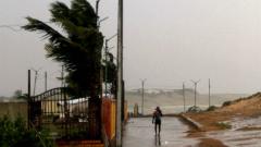 24 жертви в Индия от циклона Худхуд