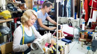 Как България и Балканите се превърнаха във фабриката за луксозни дрехи на Европа