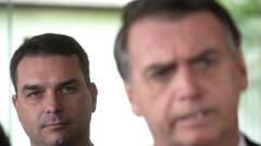 Разследват и сина на Болсонару за съмнителни плащания