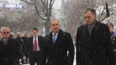Президентите Радев и Вуянович поднесоха венец на паметника на Незнайния воин
